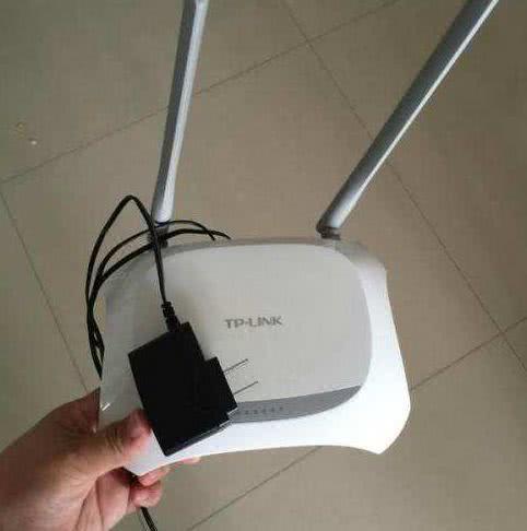 中国电信宽带号称百兆,实际用起来只有几M